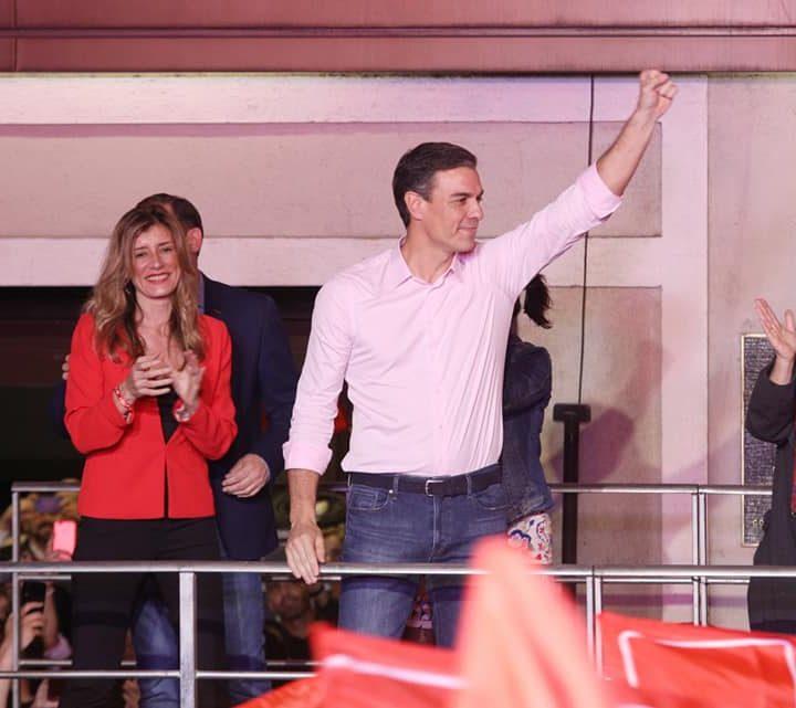 El PSOE gana las elecciones y podría elegir socio para gobernar frente al batacazo histórico del PP