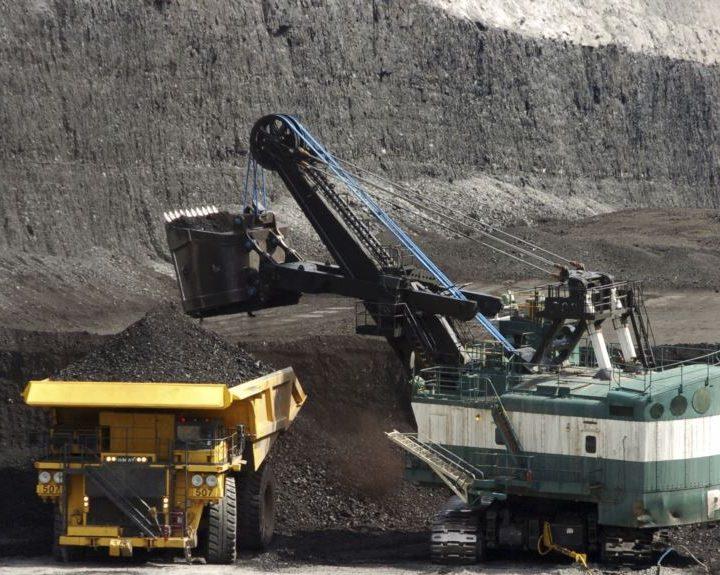Juez: Debe revisarse reanudación de venta de carbón de EE.UU.
